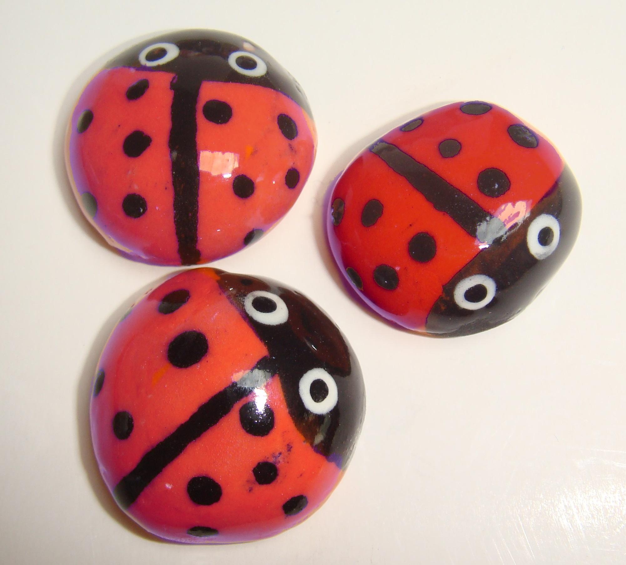 BUG-001 Ladybugs Large Red