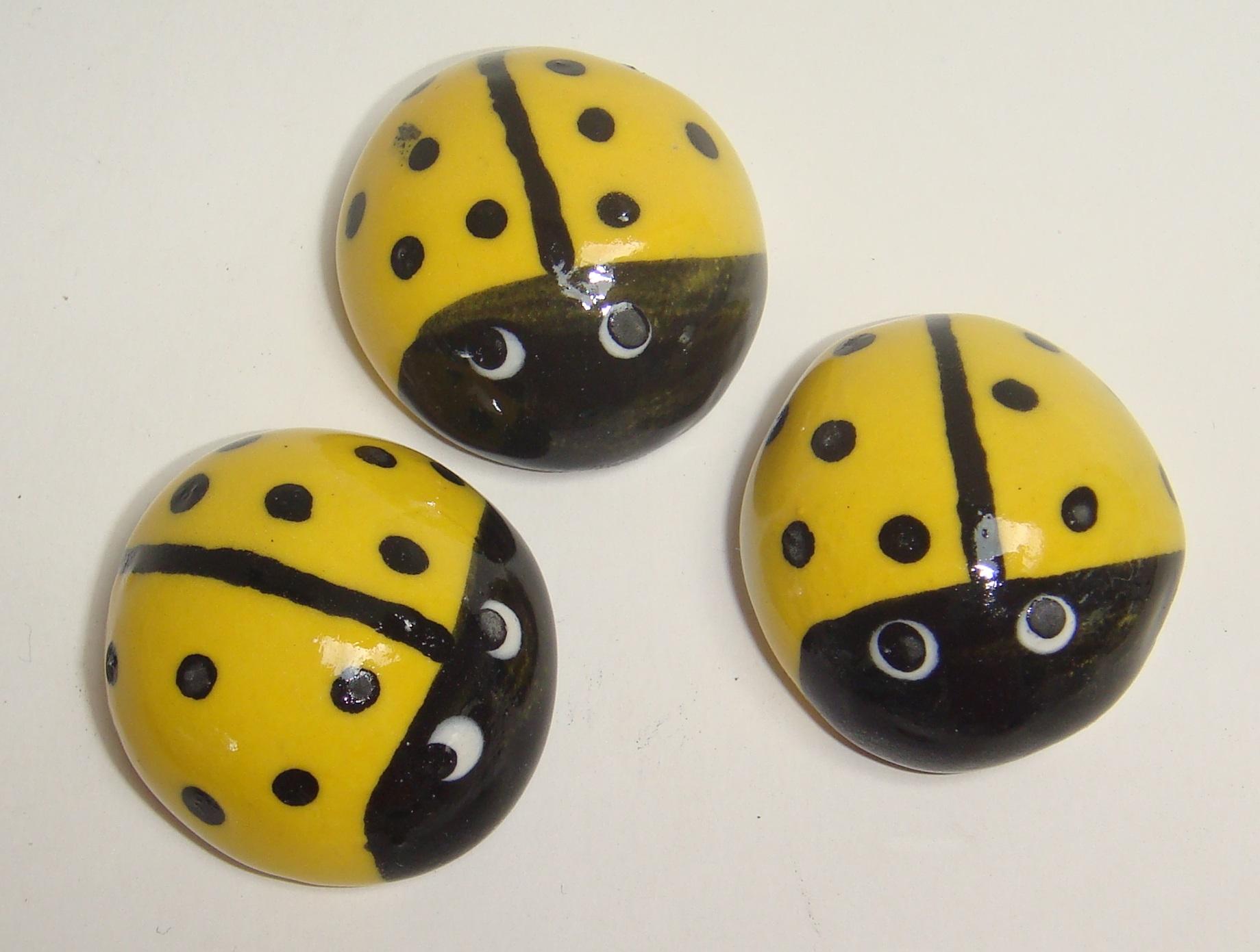 BUG-001 Ladybugs Large Yellow