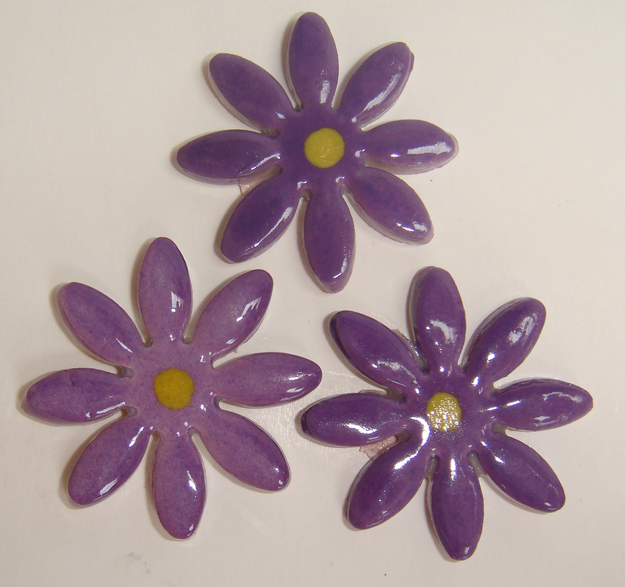 FLO-002 Daisy Large Purple