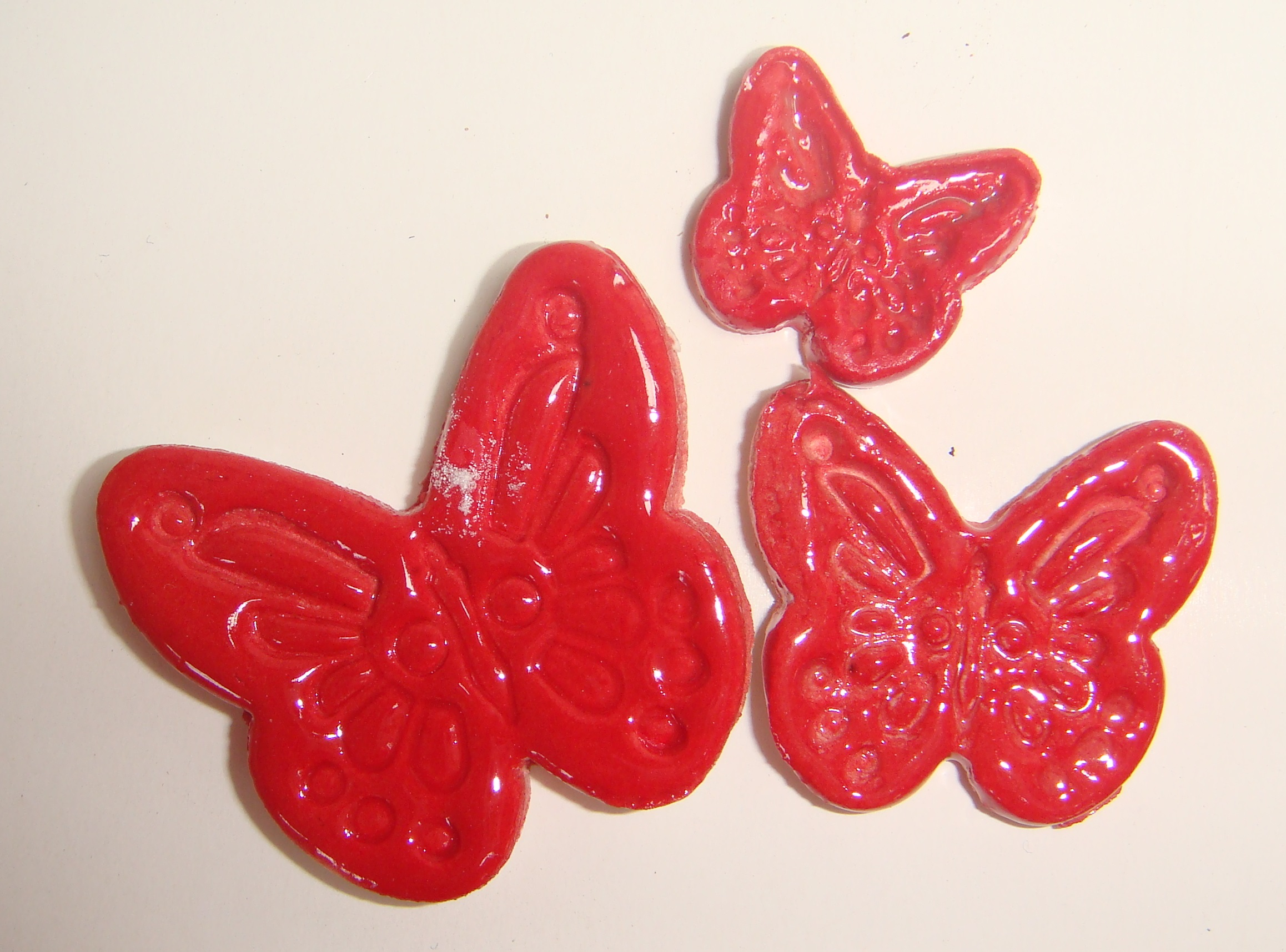 MI01-002 Butterflies Red
